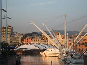 Il Bigo e la Bolla di Renzo Piano, i carrugi di De Andr� e di Gino Paoli, i Rolli patrimonio dell'Unesco