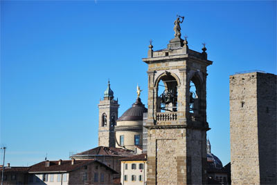 Bergamo, the whole city in 30 stages