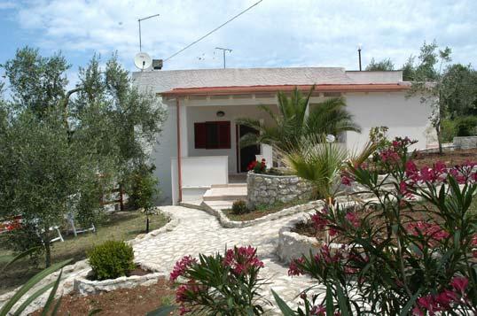 Photo Villa celeste rents apartments in vieste