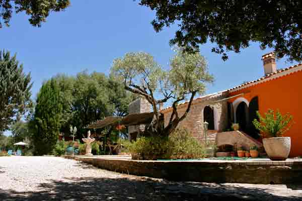 Bed and Breakfast,Bastide Avellanne
